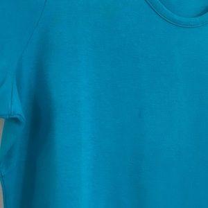 Liz Claiborne Tops - Liz Claiborne vibrant blue t-shirt sz 1x
